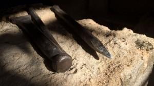A Saint-Antoine-l'Abbaye, l'atelier des bons oeuvriers forme des tailleurs et sculpteurs de pierre